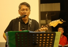 Prof. Mike Escoto's band, Red66, performed during the 13 Alumni Homecoming, 30 May 2015